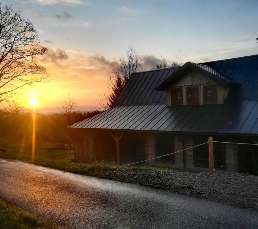 Vítáme ráno, slunce na obloze
